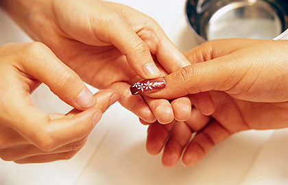 Artificial Nails Dermatologists Tips For Reducing Nail Damage